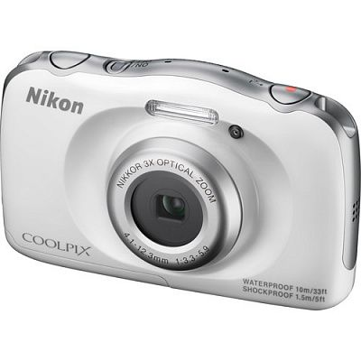 Фотоаппарат Nikon Coolpix S33 (14.7Mp/3x/FullHD/10m), White Backpack kit