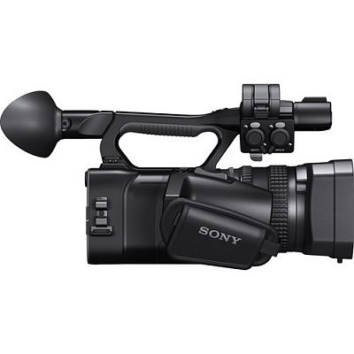 "Видеокамера Sony HXR-NX100 (14.20Mp/Full HD/1""/29-348мм f2.8-4.5)"